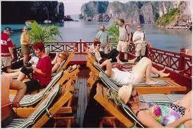 Du lịch Hạ Long: Du thuyền Golden Lotus Junk