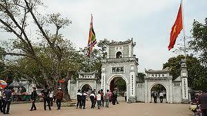 Du lịch lễ hội: Chợ Viềng - Phủ Dày - Đền Trần