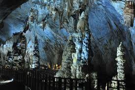 Du lịch Quảng Bình: Đồng Hới - Biển Đá Nhảy - Hang Tám Cô - Động Phong Nha - Động Thiên Đường - Suối Nước Mooc - Biển Nhật Lệ