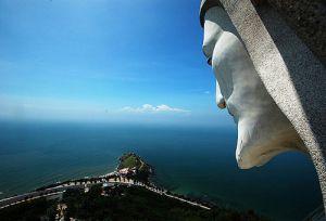 Du lịch Việt Nam - Bốn điểm tâm linh đạt kỷ lục Châu Á