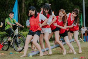 Teambuilding: Chung sức tại Khoang Xanh Suối Tiên