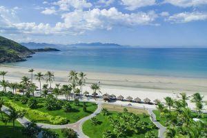 Vẻ đẹp quyến rũ của bãi biển Nha Trang